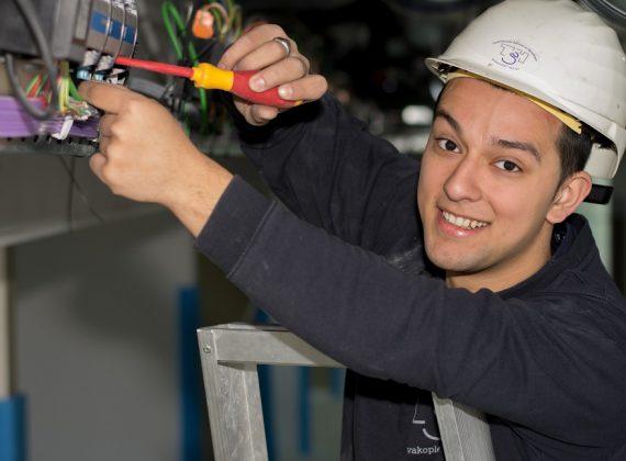 Werken en leren elektrotechniek bij TSH