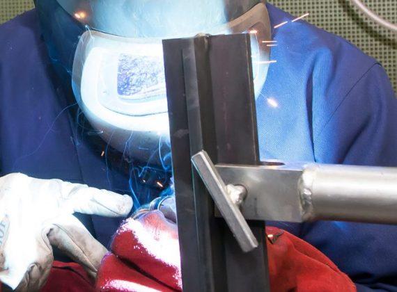 booglassen met beklede elektroden (BmbE)
